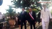 Arrivée d'Emmanuel Macron a Bormes-les-Mimosas pour la cérémonie de commémoration de la Libération.