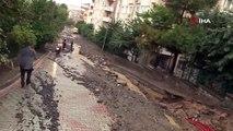 Üsküdar'da yol boylu boyunca çöktü