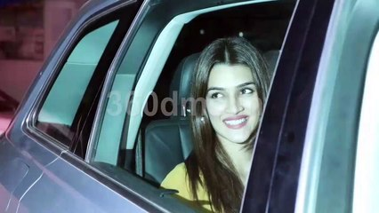 Akshay Kumar Family and other celebs attend special screening of movie Mission Mangal