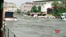 Kurbağalıdere'de su seviyesi yükseldi