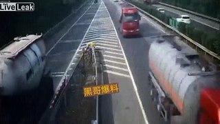 Demi-tour d'un camion sur l'autoroute : j'ai raté la sortie !