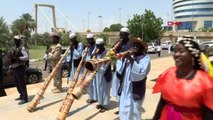 Sudan'da protestocular ile askeri konsey arasında 'Anayasal Bildiri' imzalandı