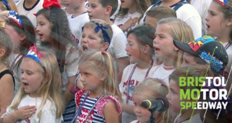 Drivers' kids sing National Anthem