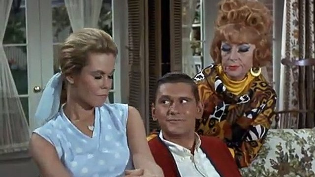 BW 4.11 Funny - Darrin Prefers Witch Endora