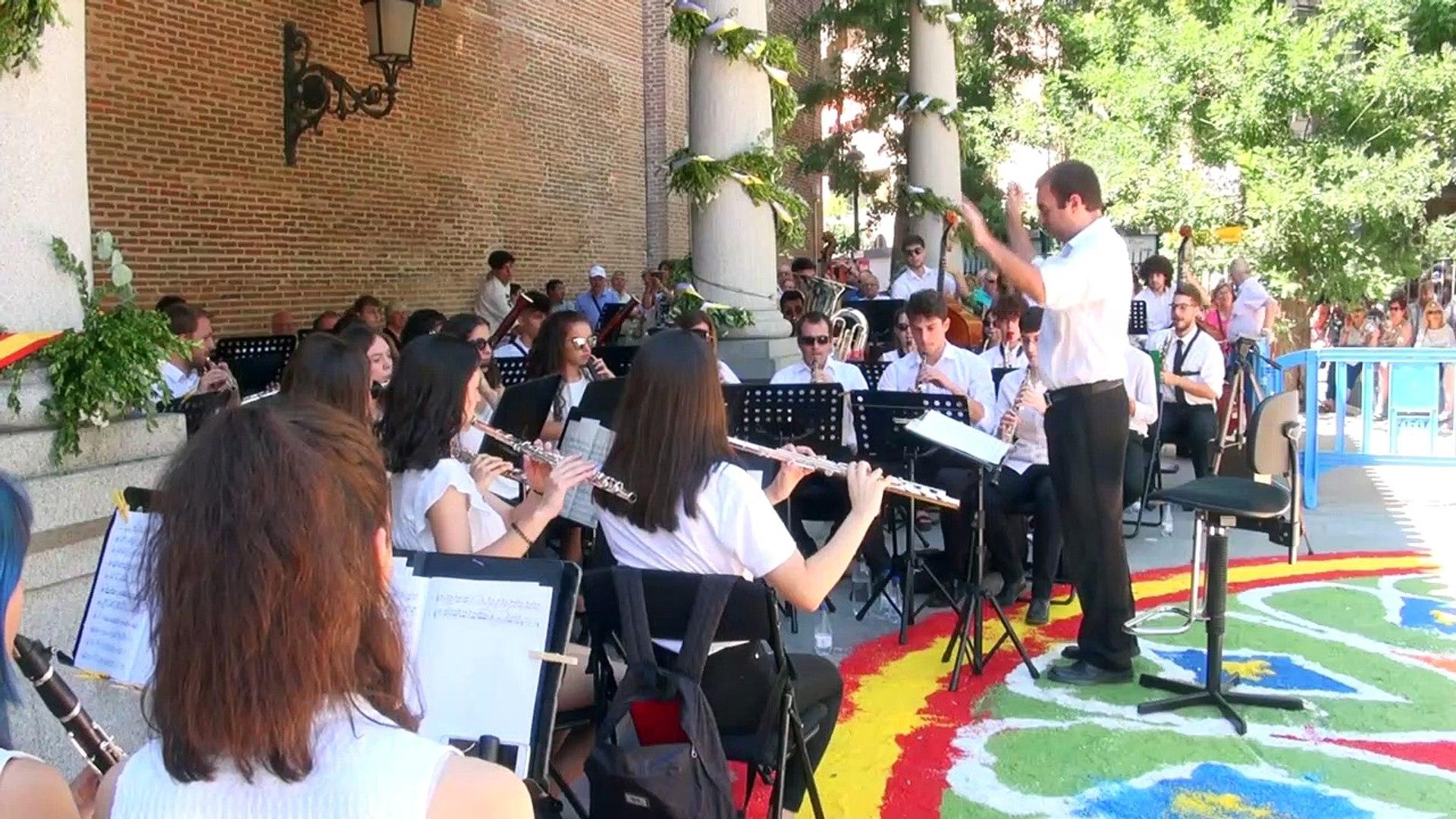 Concierto de la Banda Sinfonica Municipal en las Fiestas de Butarque 2019