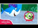 Gummy Bear w/ Baby Shark Version Viet Nam | SmileKids