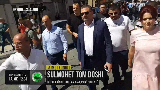 Sulmohet Tom Doshi