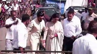 Newlywed Deepika Padukone, Ranveer Singh Visit Siddhivinayak Temple In Mumbai