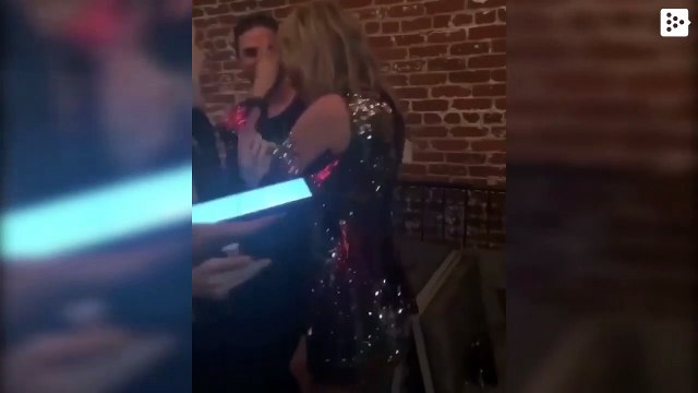 Taylor Swift, drunk and dancing in a party