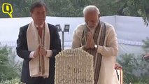 PM Modi and South Korean President Moon Jae-in Pay Their Respects to Mahatma Gandhi at Rajghat