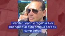Jennifer Lopez le regala a Alex Rodríguez un auto antiguo para su cumpleaños