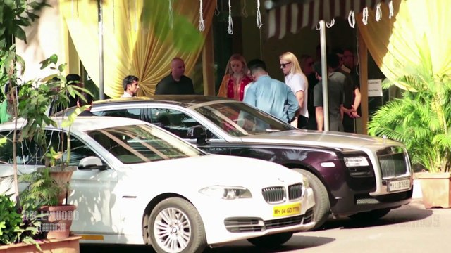 Priyanka Chopra, Nick Jonas SPOTTED At Raj Classic, Yari Road