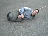 rotten nemo une corde un skate et un poteau ca donne ceci
