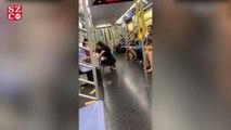 Metroda şaşkına çeviren görüntü