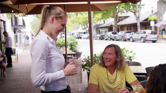 Marrying Millions: Bill and Brianna Draw Stares in Public
