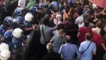 Garo Paylan: Partimizin Diyarbakır İl binasının önünde milletvekillerimiz linç ediliyor