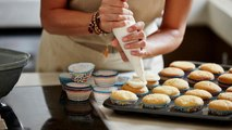 Baking for Others Has Real Psychological Benefits