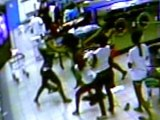Caught on tape: Teenage girls brawl atlaundromat