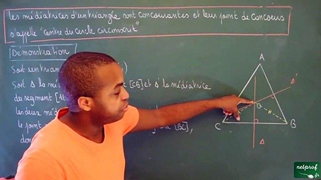 Cinquième Triangles Les trois médiatrices d'un triangle sont concourantes_3 - -  (2)