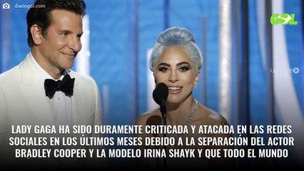 """Las """"¡bestiales!"""" fotos de Lady Gaga en mini bikini y sin Photoshop"""