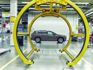 BMW iNEXT (2021) : la production des prototypes