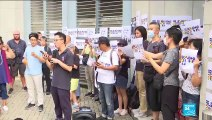 """""""Sauvez Simon Cheng"""" : L'inquiétude des proches d'un jeune hongkongais détenu par Pékin"""