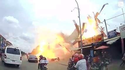 An incredible explosion in a gas station in Cambodia leaves 13 injured