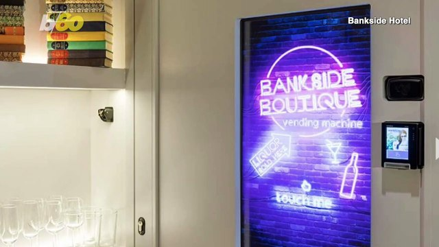 """""""I Do"""" On the Go! This Boutique Hotel Vending Machine Offers Engagement Rings"""
