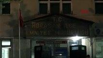 ERZURUM Polis merkezi önünde silahlı kavga 2 ölü, 1'i polis 5 yaralı