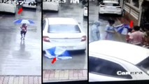 छाता ताने खड़े 6 साल की बच्चे पर चढ़ी रिवर्स में आ रही कार, वीडियो देख रह जाएंगे दंग