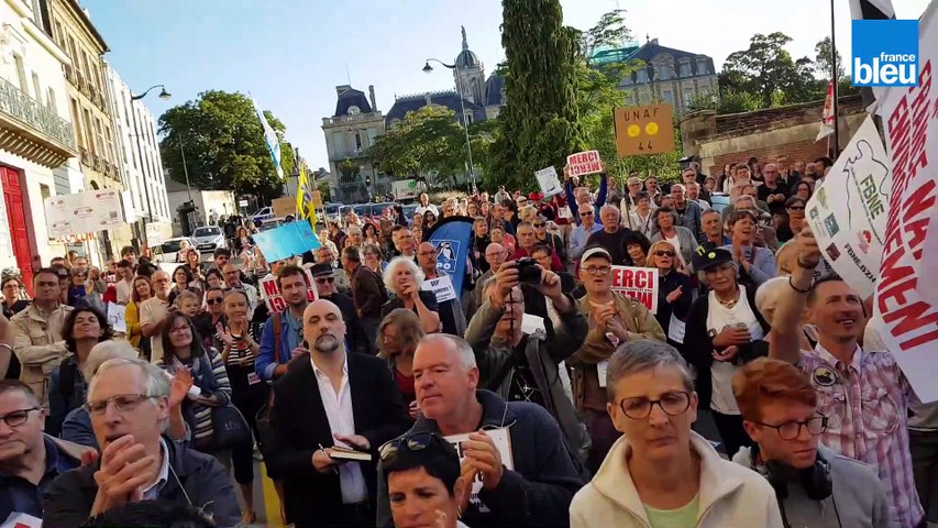 Mobilisation massive à Rennes pour soutenir Daniel Cueff, maire de Langouët