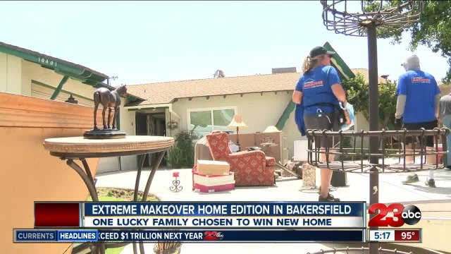 Extreme Makeover : Home Edition Reveals Chosen Family