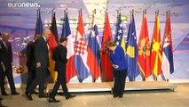 Période de flou au Kosovo, après la dissolution du parlement