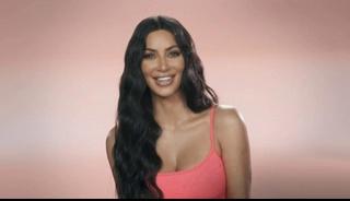 Keeping Up with the Kardashians Season 17 Episode 6 : Putlocker TV Series