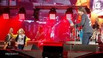 5 ans, il danse sur scène avec les Foo Fighters devant 35000 personnes !
