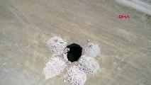 Eskişehir'de, 17 metre derinliğinde obruk oluştu