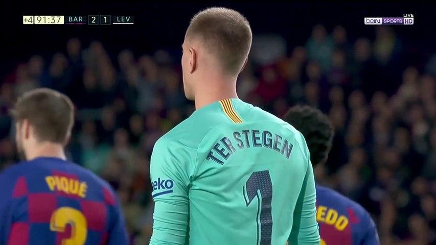 Barcelona 2-1 Levante - GOAL: Rochina
