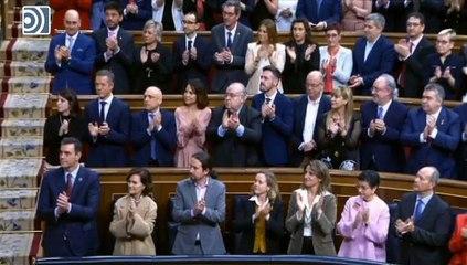 Los Reyes y sus hijas participan en la apertura de las Cortes
