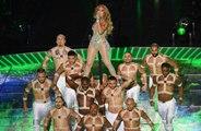 Jennifer Lopez presenta a su hija en el escenario de la Super Bowl