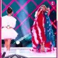 Jennifer Lopez monte sur la scène du Super Bowl avec sa fille