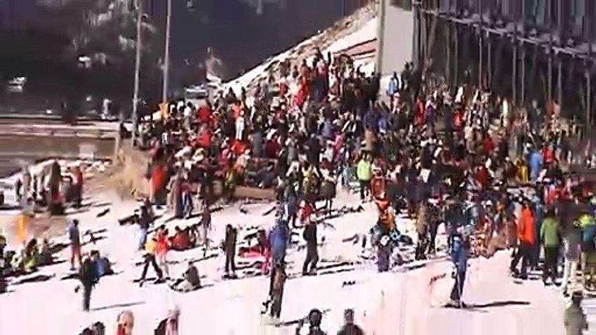 """""""Στα λευκά"""" ο Παρνασσός - """"Γέμισε"""" με κόσμο το Χιονοδρομικό Κέντρο"""