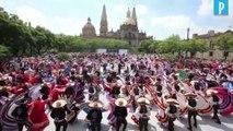 Record au Mexique : 882 danseurs au son des Mariachis