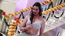 Arshi Khan's ITEM SONG On Location