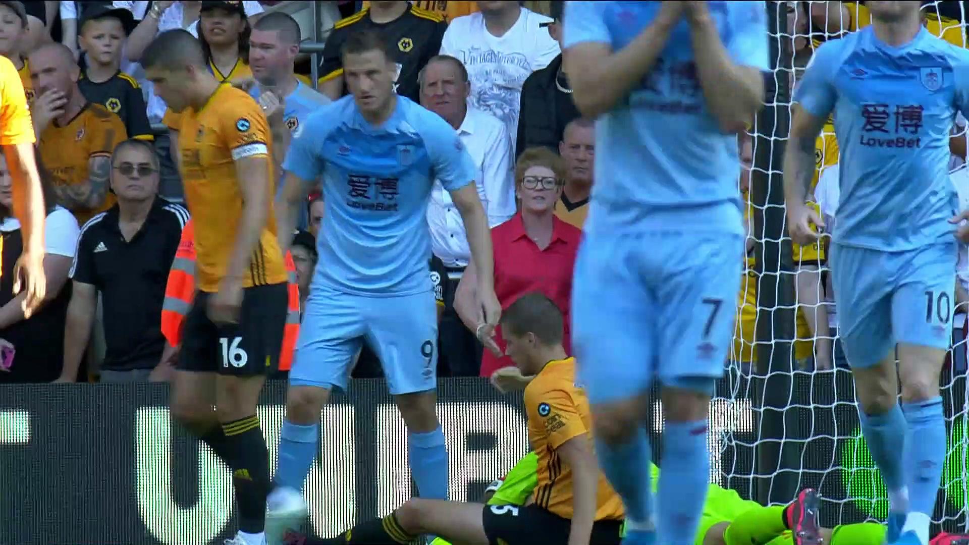 3. Hafta / Wolverhampton - Burnley: 1-1 (Özet)