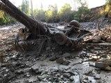 Erzurum'daki sel felaketinde köprü yıkıldı, araçlar sürüklendi
