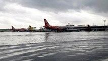 Un aéroport bloqué par de fortes inondations aux Philippines