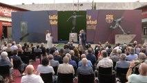 Barça - La statue de Johan Cruyff dévoilée devant le Camp Nou
