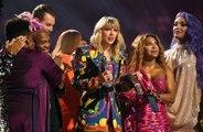 Taylor Swift pediu assinaturas para uma petição em seu discurso no MTV Video Music Awards de 2019