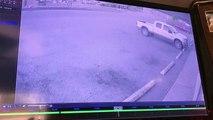 Un homme se fait voler sa voiture alors qu'il est en train de cambrioler un magasin