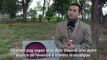 Mariachi ou vendeuse de gomina: la débrouille des infirmiers vénézuéliens pour survivre